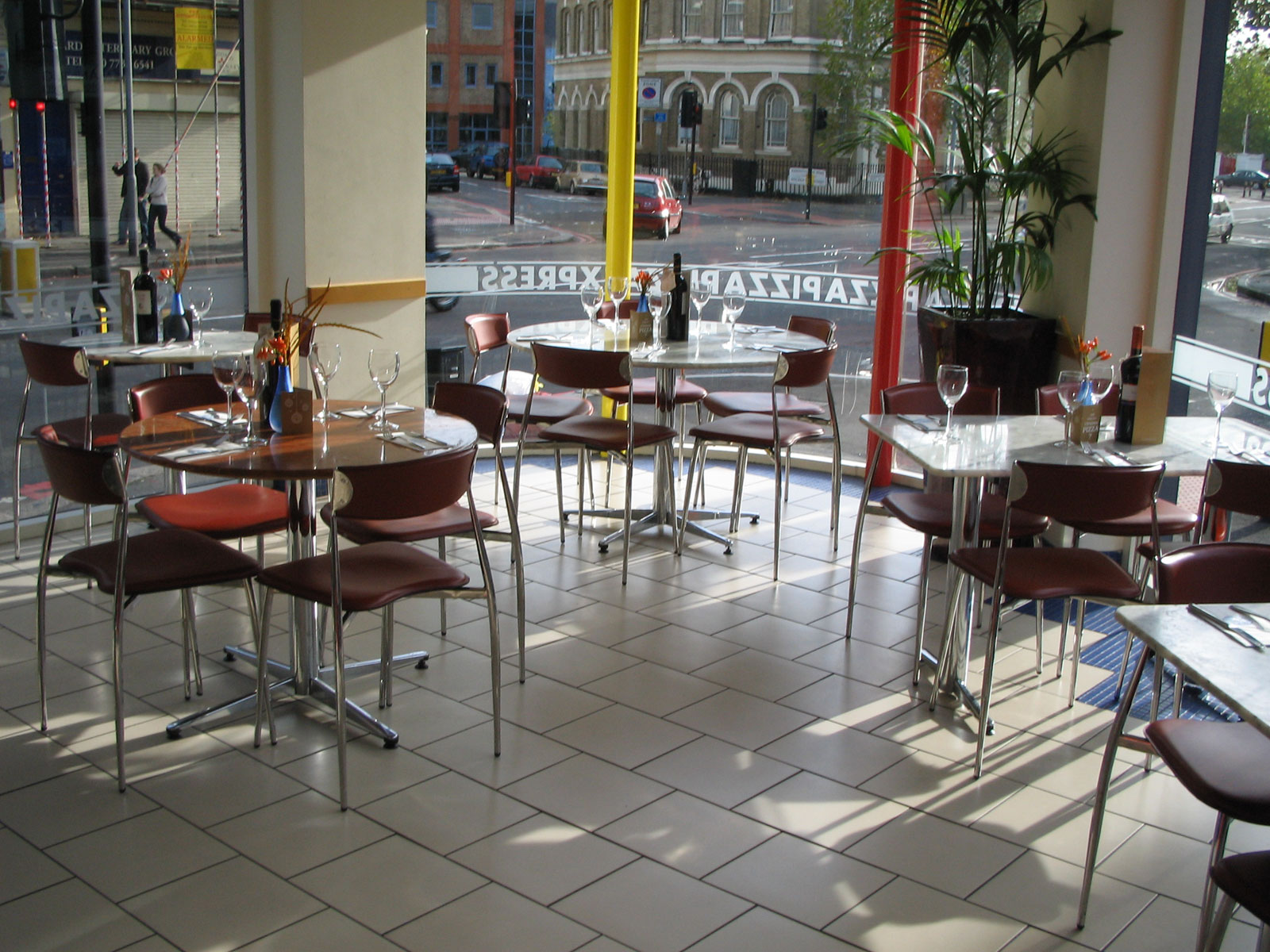 Reserve a table at PizzaExpress Kennington