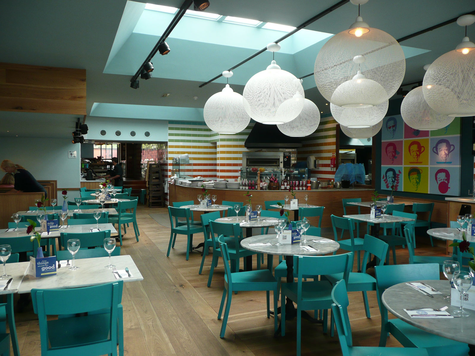 Reserve a table at PizzaExpress Sidcup