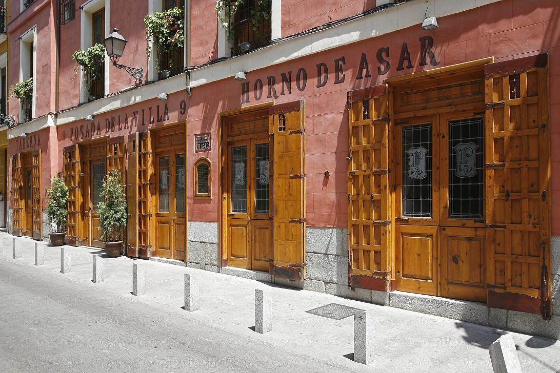 Reserve a table at Posada de la Villa