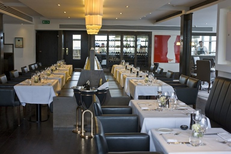 Quartier dining room eight moorgate london bookatable for Q dining room london