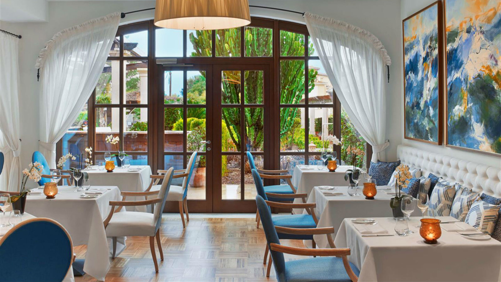 Restaurant Aqua, The St. Regis Mardavall Mallorca Resort - Balearic Islands