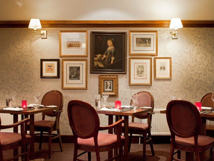 Restaurant at Mercure Banbury Whately Hall Hotel - London