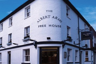 Restaurant at The Albert Arms - Surrey