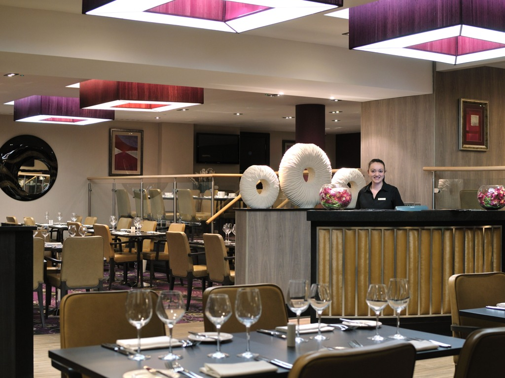 Reserve a table at Restaurant92 @ Doubletree by Hilton London - West End