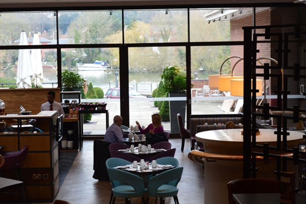 Riverside Restaurant at Crowne Plaza Reading - Berkshire