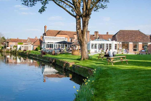 Rose & Crown at Legacy Hotels - Warwickshire