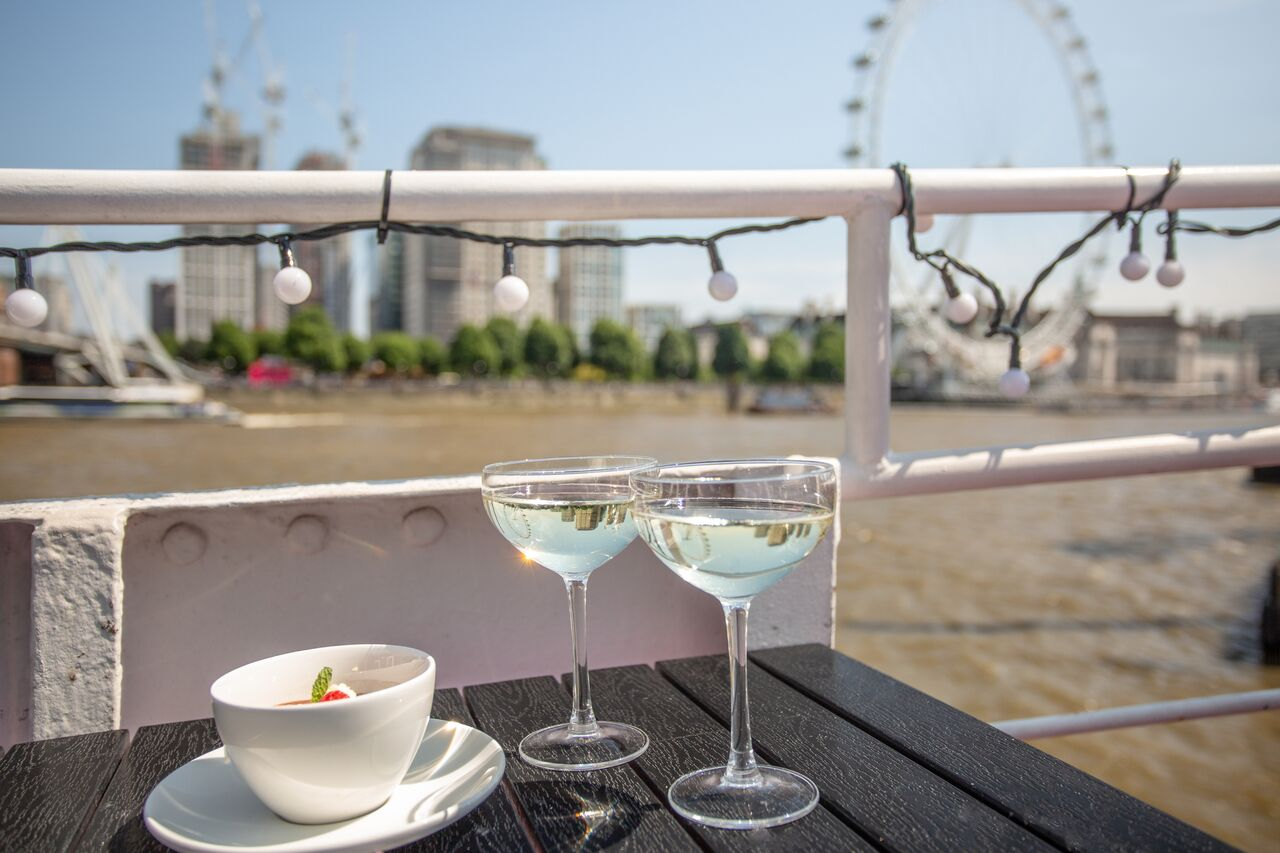 R S Hispaniola London Bookatable