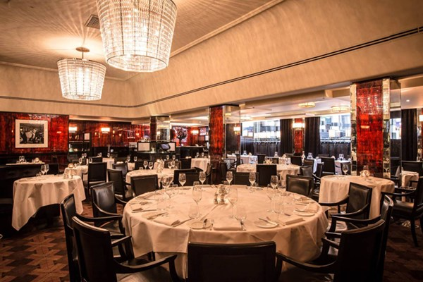 Savoy grill gordon ramsay restaurants charing cross for Best private dining rooms west end london