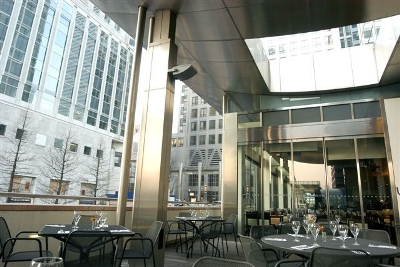 Reserve a table at Smollensky's - Canary Wharf
