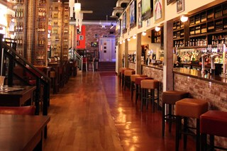 Sports Bar & Grill - Farringdon - London
