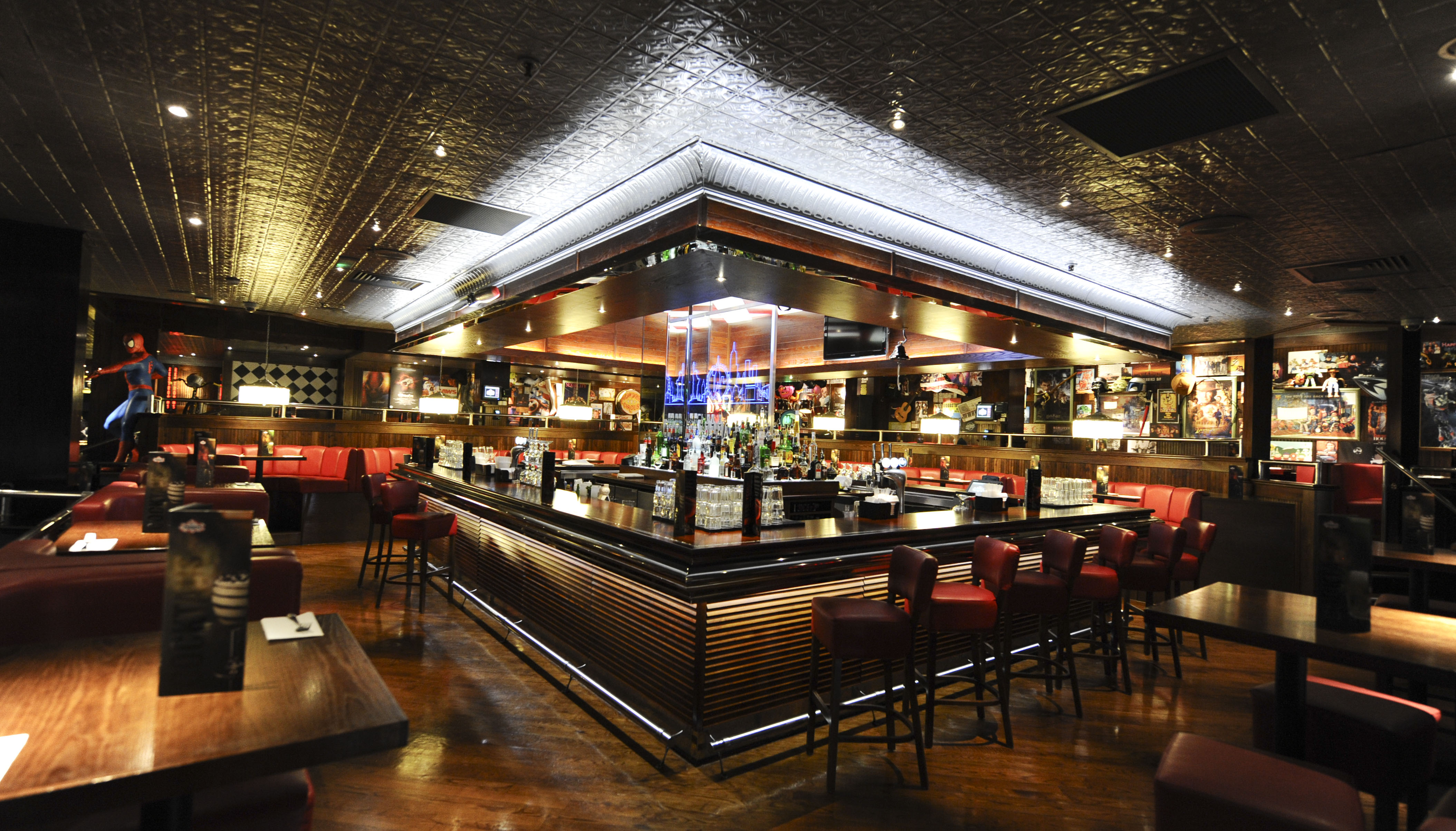 Reserve a table at TGI Fridays - Solihull