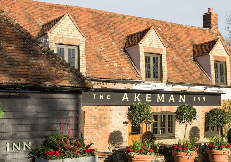 The Akeman Inn Kingswood - Buckinghamshire