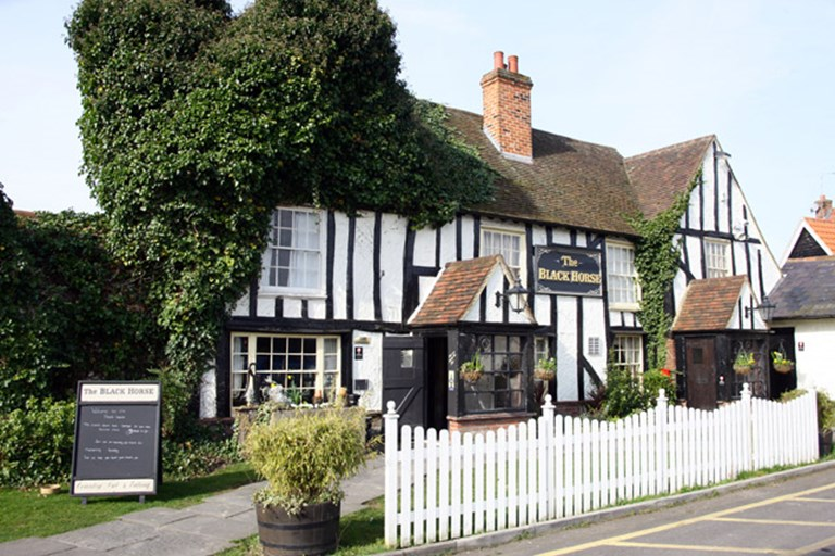 The black horse brentwood bookatable for The brentwood