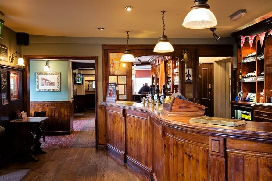 The Black Horse - Greater London