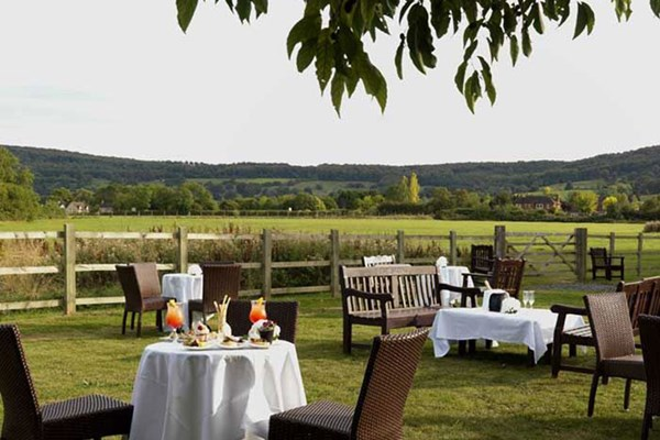 The Chase Restaurant at The Cheltenham Chase Hotel - Gloucestershire