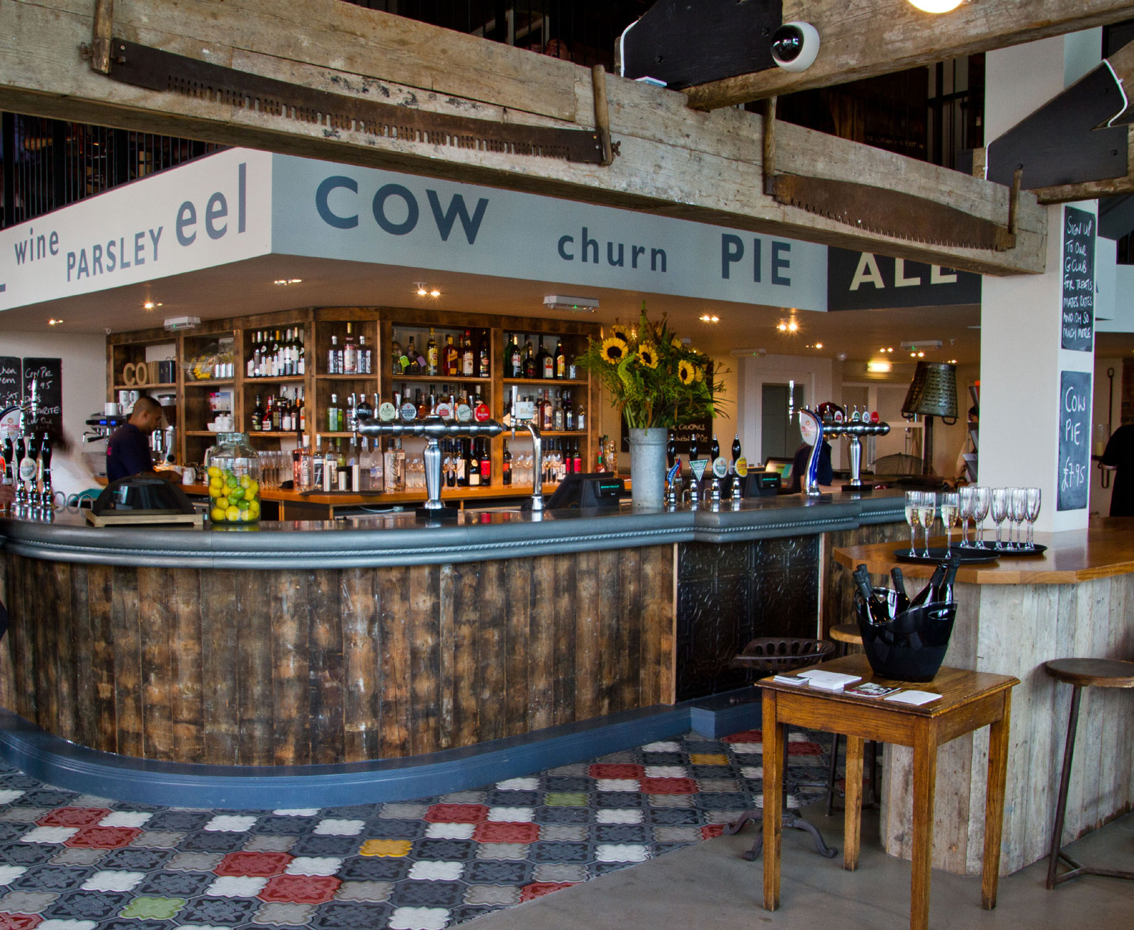 The Cow - Westfield - London