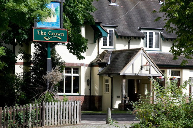 Reserve a table at The Crown - Broxbourne