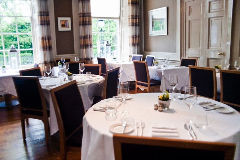 The dining room at 28 queen street edinburgh bookatable for Dining room 28 queen street