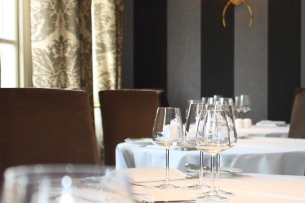 The Dining Room Reigate Surrey Bookatable