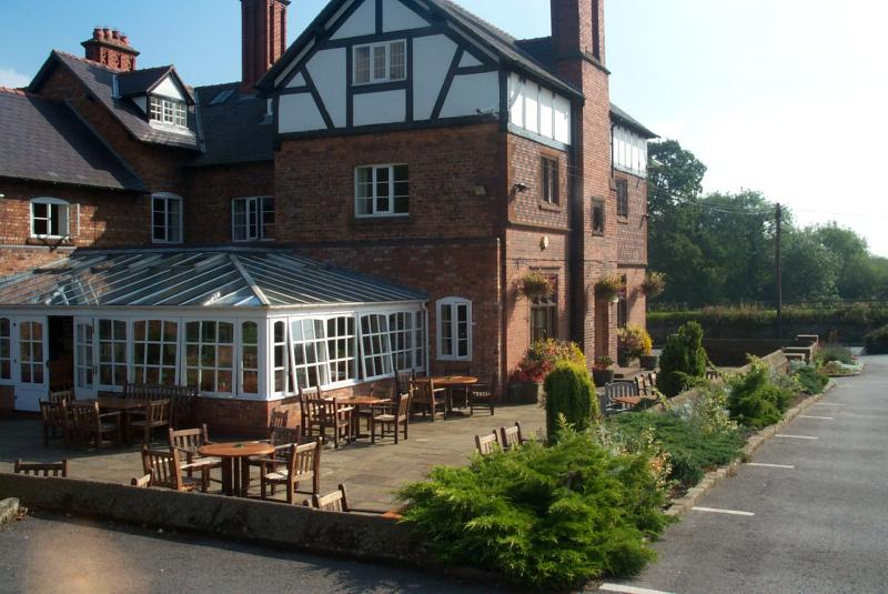 The Grosvenor Arms - Cheshire
