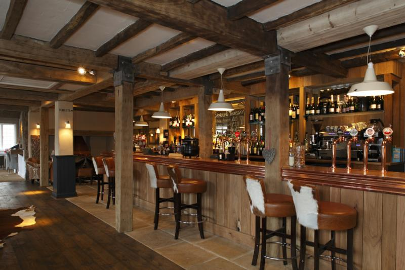 The Red Lion - Handcross - West Sussex
