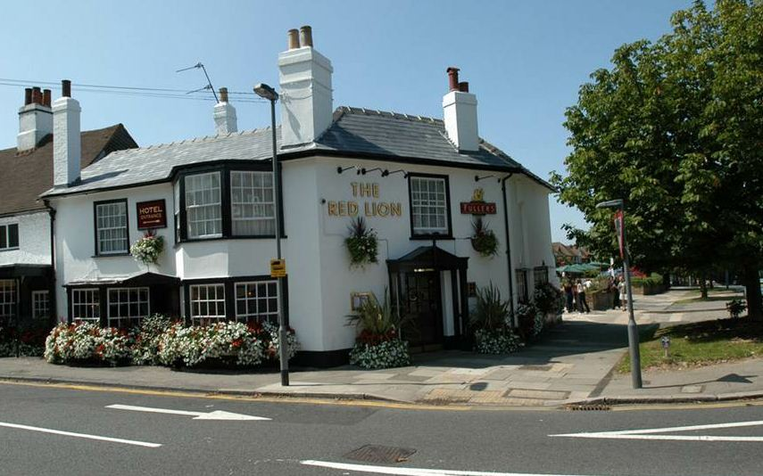 The Red Lion Hotel, Hillingdon - Yttre London