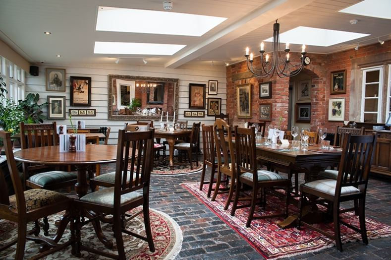 The Red Lion - Staffordshire