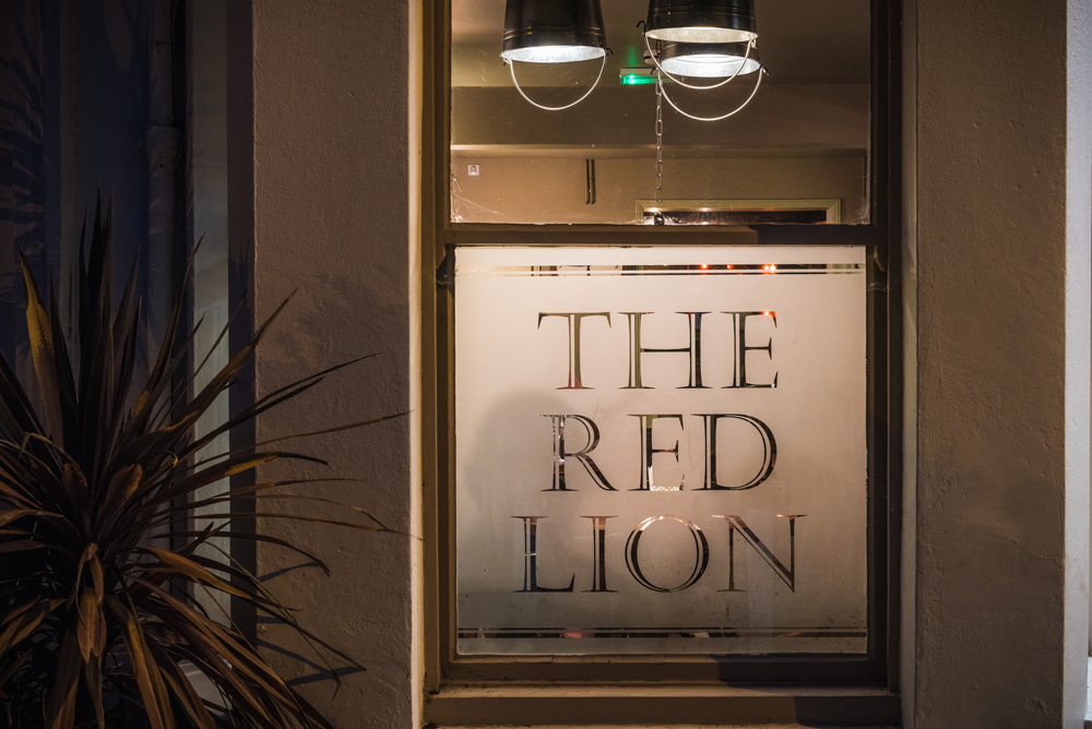 The Red Lion - Shepperton - Surrey
