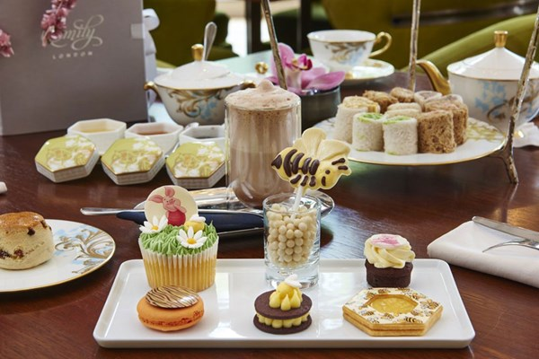 The Rosebery Lounge at Mandarin Oriental Hyde Park - London
