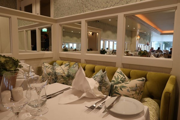 The Roslin Beach Hotel - Essex