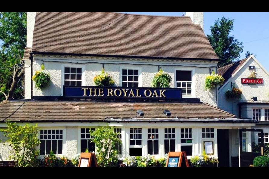 The Royal Oak Pub & Dining House - Yttre London