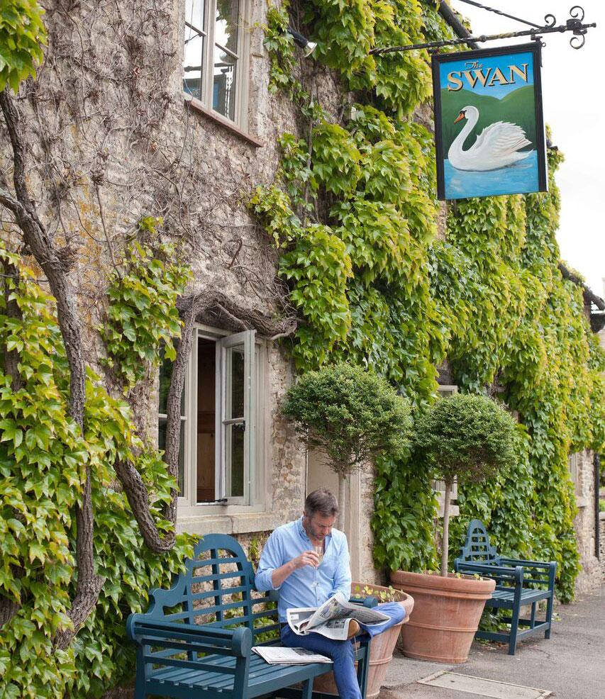 The Swan at Southrop - Gloucestershire