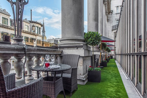 The Terrace Grill And Bar At Le Meridien Piccadilly London