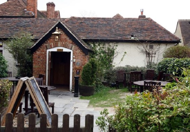 The White Hart - Beaconsfield - Buckinghamshire