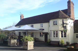 The White Hart - Sherfield - Berkshire