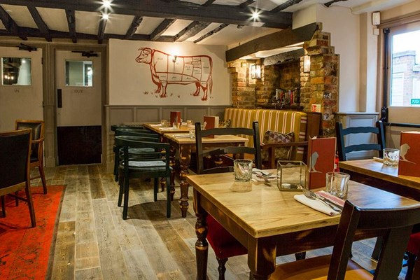 The white lion tenterden kent bookatable - Signature interiors and design kent ...