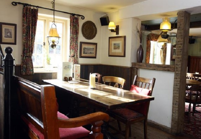 The White Lion - Yateley - Hampshire