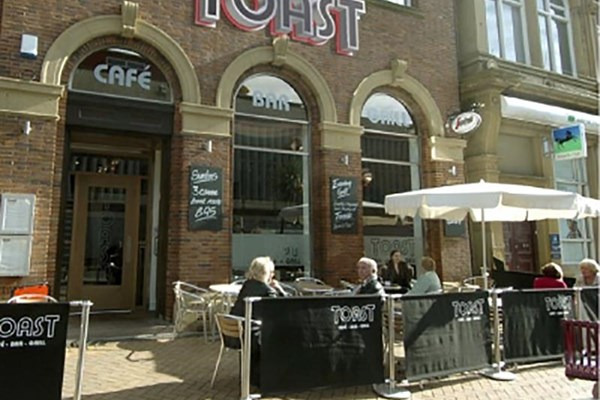 Toast Cafe Bar & Grill - Lancashire