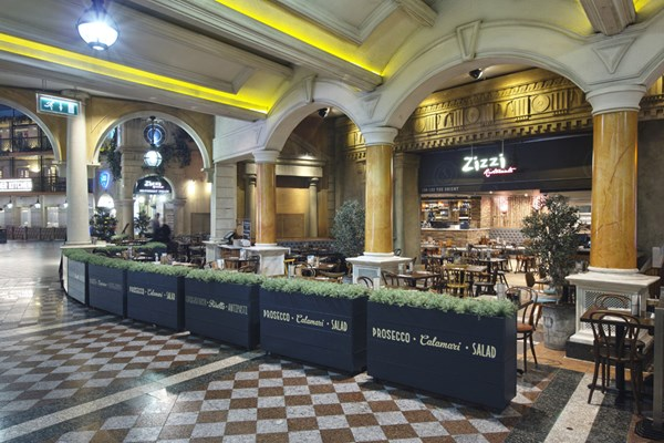 Zizzi the trafford centre manchester book a table online page 3 of 5 - Centre de table restaurant ...